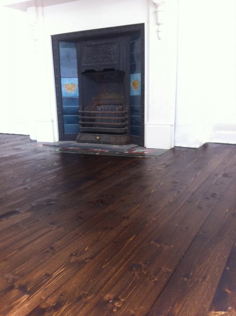 Floor sanding inner west. Floor staining inner west. Floor sanding and polishing Newtown. timber floors inner west