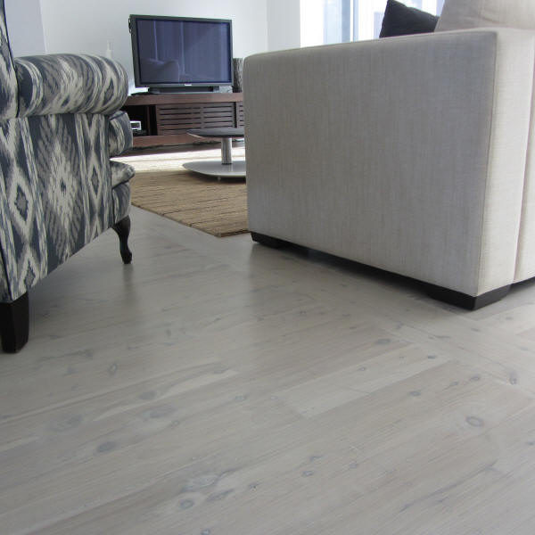 Floor sanding and polishing Sydney. Lime Wash Sydney. Lime washing Eastern suburbs. Lime wash Bondi
